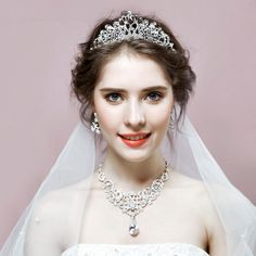 Luxury Bridal Jewelry Set Include Tiara Necklace and Earrings Length Info: Tiara: Earrings: Necklace: Bridal Jewelry Sets, Bridal Accessories, 50th Wedding Anniversary Decorations, Princess Jewelry, Mommy Jewelry, Flower Headpiece, Rose Gold Hair, Wedding Story, Hair Videos