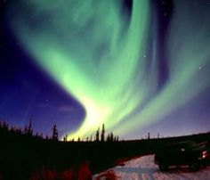 Destination Attractions: Things To Do In Alaska. I will see the Northern lights someday! I have been to AK many times but was never so lucky....