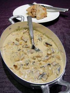 sos of pecurki Low Sodium Recipes, Meat Recipes, Snack Recipes, Cooking Recipes, Recipies, Greek Cooking, Easy Cooking, Greek Recipes, Desert Recipes