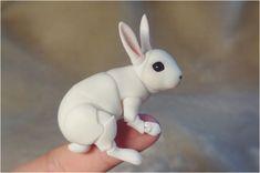 Etsy の BJD Bunny doll by ElleoDolls