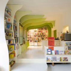 bookstore for children amsterdam