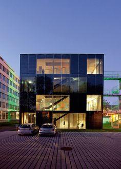 Stadtwerke Konstanz energy cube in Germany Triple insulated glass unit for the Stadtwerke Konstanz energy cube in Germany