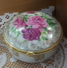 The scent of flowers. Spring Is Here, Spring Colors, Trinket Boxes, Flowers, Home Decor, Homemade Home Decor, Floral, Interior Design, Royal Icing Flowers