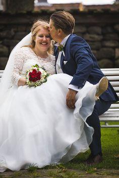 Bryllupsfotografering i ruinkirken på Borgarsyssel med Ida og Einar — Studio Hodne Studios, Wedding, Fashion, Dance In, Creative, Valentines Day Weddings, Moda, Fashion Styles, Weddings