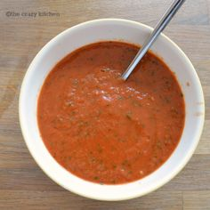 Tomato & Basil Soup {5:2 diet recipe} 101cal or serve with some pasta or bread.