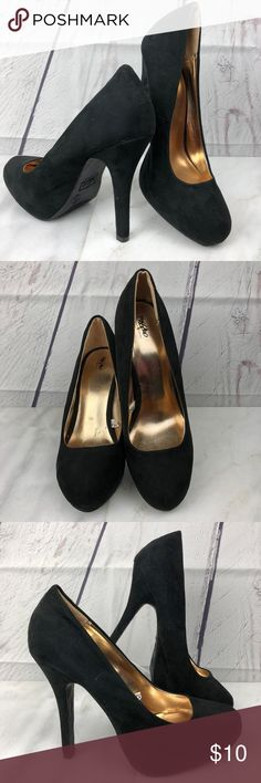 """Mossimo Black Faux Suede 5"""" High Heels Size 9 Tag Size 9 Fabric Upper, Man Made Balance Heel measures 5"""" Used Condition, some wear on the sole Ships within 1 business day Thanks for stopping by and checking out my closet!  18-033018 Mossimo Supply Co. Shoes Heels"""