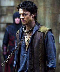 (Craig Horner as Richard Cypher in Legend of the Seeker) Fantasy Inspiration, Story Inspiration, Writing Inspiration, Character Inspiration, Writing Characters, Story Characters, Fantasy Characters, Lorde, Craig Horner
