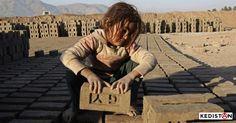 Journée mondiale hypocrite ou pas, la lutte contre l'exploitation de la force de travail, et particulièrement celle des enfants, c'est tous les jours.