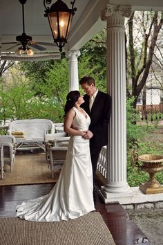 Details and pricing for those planning special events from weddings to corporate meetings. The Beall Mansion offers space for 2 to 100 guests. Wedding Reception Venues, Receptions, Event Venues, Alton Illinois, Bed And Breakfast, Luxury Travel, Perfect Wedding, Special Events, Weddings