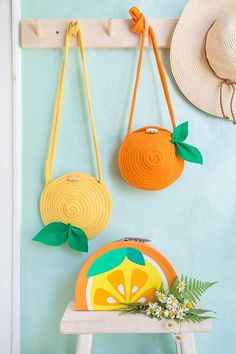 Diy citrus rope purse - cute accessory for summer - would you try it? Crochet Projects, Sewing Projects, Crochet Diy, Diy Couture, Diy Purse, Summer Diy, Knitted Bags, Crochet Accessories, Handmade Bags