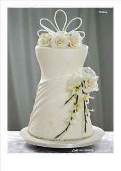 Dress cake for weeding
