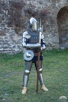 금속의상모음08 : 네이버 카페 Medieval Knight, Medieval Armor, Medieval Fantasy, Armadura Medieval, Avatar Movie, Larp Armor, Armor Clothing, Templer, Knight Art