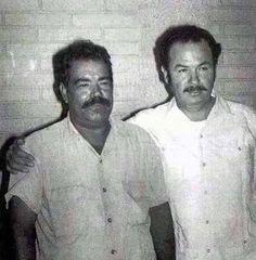 Antonio Aguilar con un hijo de Pancho Villa. Pancho Villa, Historical Pictures, Historical Maps, Mexican Heroes, Mexican Artwork, Mexican Revolution, Mexico Culture, Mexico Art, Western Caribbean