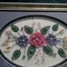 İğne Oyası Tepsi Modelleri 16 Cross Stitch Flowers, Diy Flowers, Needlework, Decoupage, Diy And Crafts, Decorative Plates, Ethnic Recipes, Pattern, Food