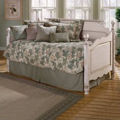 Decorating Wooden Daybed Antique Design