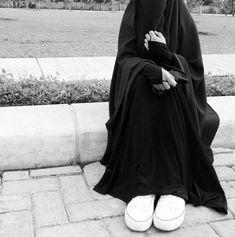 Hijab Wear, Hijab Niqab, Muslim Hijab, Hijab Chic, Hijab Outfit, Mode Abaya, Mode Hijab, Niqab Fashion, Muslim Fashion