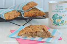 Banana Toffee Scones - easy banana toffee scones that taste like banana bread #scones #bananabread @brucrewlife