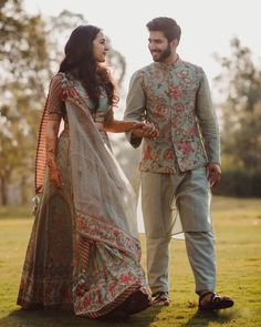 Check out these trending wedding dresses by ace Indian designers. Trending bridal wear and wedding wear for bridesmaids at ShaadiWish. Wedding Kurta For Men, Wedding Dresses Men Indian, Bridal Mehndi Dresses, Indian Bridal Outfits, Engagement Dress For Groom, Couple Wedding Dress, Engagement Dresses, Matching Couple Outfits, Matching Couples