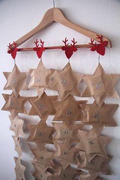 Calendrier de l'avent par picatoutva - thread&needles Advent Calenders, Diy Advent Calendar, Christmas Crafts, Christmas Decorations, Xmas, Holiday Decor, Blog, Advent, Christmas Decor