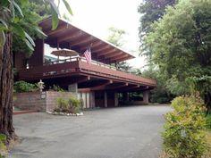 1960s midcentury modern property in Eureka, California, USA