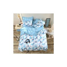 3 or 4pcs Suit Blue Geometric Pattern Reactive Dyeing Polyester... (78 BRL) ❤ liked on Polyvore featuring home, bed & bath, bedding, blue, queen bedding, blue queen bedding, blue pillow cases, quilted bedding and queen bed sets