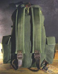 Globe-trotteur. Toile de gros sac à dos à main en cuir ciré