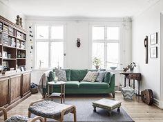Piezas vintage de madera y una guitarra | Decorar tu casa es facilisimo.com