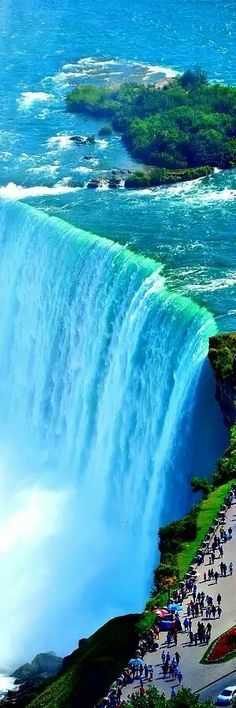 Travel the world photography waterfalls 29 Ideas for 2019 Beautiful Waterfalls, Beautiful Landscapes, Nature Pictures, Cool Pictures, Wonderful Places, Beautiful Places, Amazing Nature, Belle Photo, The Great Outdoors