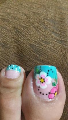 Unas Flower Pedicure, Pedicure Nail Art, Hot Nails, Hair And Nails, Cute Pedicure Designs, Cute Pedicures, New Nail Art, Toe Nail Designs, Nail Art Galleries