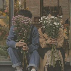 Couple Aesthetic, Aesthetic Art, Aesthetic Pictures, Photographie Portrait Inspiration, Cute Couples Goals, Hopeless Romantic, Couple Pictures, Aesthetic Wallpapers, Kitsch