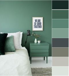 Graues und grünes Schlafzimmer Gray and green bedroom decor room room, Bedroom Green, Green Rooms, Home Bedroom, Bedroom Decor, Ikea Bedroom, Bedroom Furniture, Paint Colors For Home, House Colors, Bedroom Color Schemes