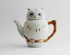 Vintage 1950s porcelain owl tea pot mid century ceramic retro individual owl teapot kitsch animal.