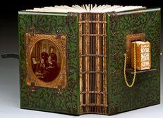 Daniel Essig is a creative, inspiring, genious. Paper Book, Paper Art, Altered Books, Altered Art, Book Art, Artist's Book, Bookbinding Tutorial, Wooden Books, Artist Journal