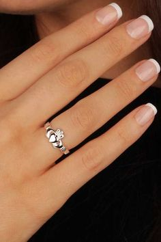 """Claddagh Rings Close Up nageldesign hochzeit APRIL Birthstone Silver Claddagh Ring Inscribed """"Love Loyalty Friendship"""" Silver Claddagh Ring, Claddagh Rings, I Love Jewelry, Jewelry Rings, Women's Rings, Jewlery, Rings With Meaning, Ring Meaning, Promise Rings Meaning"""