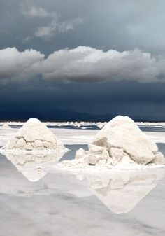 Salt deposits on the Salar de Uyuni in the high Andres of Bolivia | photo by Torgeir Bull