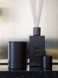CULTI Milano. Quando fragranze ambientali esclusive incontrano il design elegante e ricercato. Vieni a scoprire la linea #BlackLabel da Floruit.