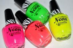 Casuelle neon nailpolish from Douglas.