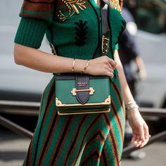 Fashion Now, Fashion Bags, Winter Fashion, Luxury Fashion, Womens Fashion, Prada Cahier Bag, Trends, Ootd, Casual Bags