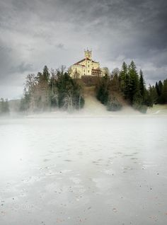 Trakošćan castle by Robert Klarić / 500px Niagara Falls, Castles, Nature, Travel, Naturaleza, Viajes, Chateaus, Destinations, Traveling