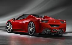 Ferrari 458 Spider is equipped with a retractable rigid roof, during the opening of which is only 14 secunde.Motorul 4.5 liter V8 that develops 570 horsepower.
