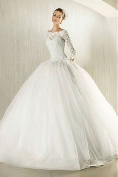 Long sleeve lace wedding dress. long sleeves hide chunky arms...