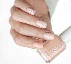 Stamping nails 💕 with @essie_nl • high class affair, @moyou_london Holy Shapes 07