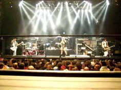 Genitorturers playing Tell Me opening for Motley Crue House of Blues