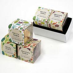 洋菓子 キューブカートンパッケージ