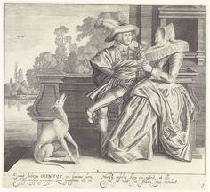 Cornelis van Kittensteyn | Olfactus / De Reuk, Cornelis van Kittensteyn, Dirck Hals, Claes Jansz. Visscher (II), 1620 - 1652 | Op een bordes aan het water zit een elegant paar in modieuze kleding uit ca. 1620. Het paar ruikt gezamenlijk aan een bloem terwijl de hond die voor hen zit zijn neus in de wind steekt. Onder de afbeelding twee kolommen met Latijnse tekst. De prent maakt deel uit van een serie met prenten over de vijf zintuigen.