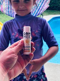 Votre meilleur allié pour les journées ensoleillées, le baume solaire minéral hypoallergénique de GOM-MEE