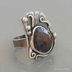 art jewelry, silver, ring, burgundy sapphire, hand made
