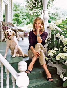 Architectural Digest: Oscar-winning actress Jessica Lange ✾ with her dog Pine, relaxes on the porch of her Stillwater, Minnesota, house, which she shares with actor and writer Sam Shepard and her children. Sam Shepard, Actress Jessica, Lily Pond, Oscar Winners, Celebrity Houses, Celebrity Feet, The St, American Horror Story, Victorian Homes