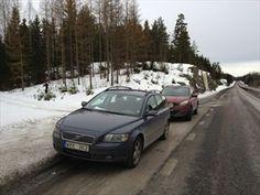 En bra fickparkering för två bilar :)