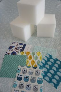 : Tuto cubes tactiles et sensoriels - Diy Tutorial and Ideas Diy Toys Sewing, Baby Sewing Projects, Sewing For Kids, Handmade Baby, Handmade Toys, Cube Bebe, Baby Cubes, Sensory Blocks, Wooden Teething Ring